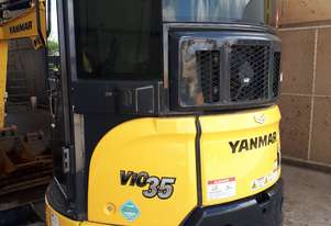Low Houred Yanmar VIO35 With Tilt Hitch!!