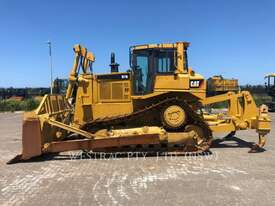 CATERPILLAR D7RII Track Type Tractors - picture0' - Click to enlarge