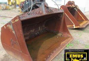 2400mm Tilt Mud Bucket, suits 45ton excavator. E.M.U.S. AS195