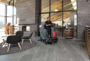 VIPER AS850R Mid sized ride on Scrubber / Dryer