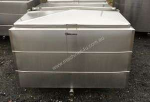 1,550lt Jacketed Stainless Steel Tank