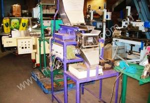 Duromatic Vibratory Feeder EWF30 mounted on load c