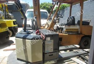Crown Pallet Mover Ride On Used Forklift