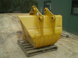 Trapezoid Bucket NEW Suit 20 Tonner - picture1' - Click to enlarge