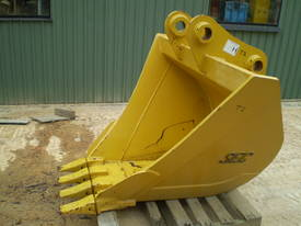 Trapezoid Bucket NEW Suit 20 Tonner - picture3' - Click to enlarge