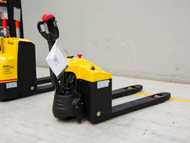 Liftstar WP17-15 Pallet Truck 1500kg - picture0' - Click to enlarge