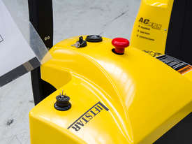 Liftstar WP17-15 Pallet Truck 1500kg - picture4' - Click to enlarge