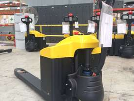 Liftstar WP17-15 Pallet Truck 1500kg - picture6' - Click to enlarge
