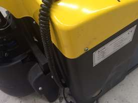Liftstar WP17-15 Pallet Truck 1500kg - picture8' - Click to enlarge