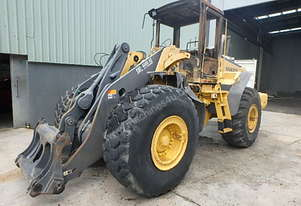 Volvo L120E LOADER FOR WRECKING L120E