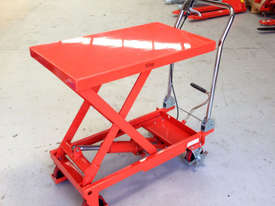 300kg Hydraulic scissor lift table/trolley - picture1' - Click to enlarge