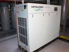 Air Compressor - picture6' - Click to enlarge