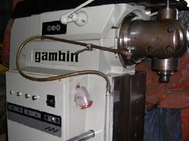 UNIVERSAL MILLING MACHINE GAMBIN TYPE M - picture2' - Click to enlarge