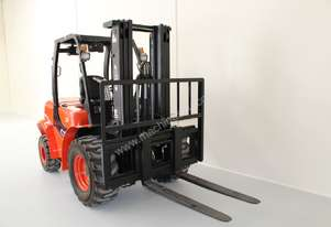 Off Road Terrain 3000kg Diesel Forklift With Container Mast