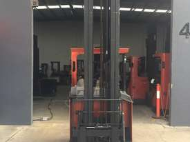 BT TOYOTA REACH TRUCK - picture6' - Click to enlarge
