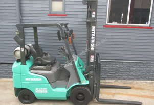 Mitsubishi 1.8 ton LPG Repainted Used Forklift