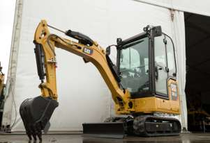 NEW CATERPILLAR 301.6 AIRCONDITIONED EXCAVATOR with 0% Finance + 5 year warranty until Dec 31, 2020