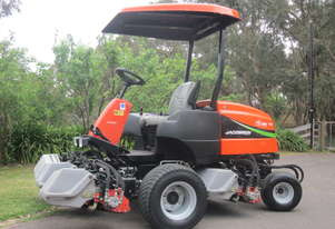 Jacobsen SLF1880 4wd ride on mower