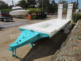 Interstate Trailers Tri Axle Tag Trailer kobelco Blue ATTTAG - picture2' - Click to enlarge