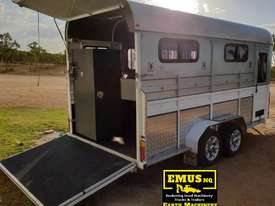 2013 Kings 3 x Horse Float, Angle Load, Kitchenette.  TS458 - picture0' - Click to enlarge