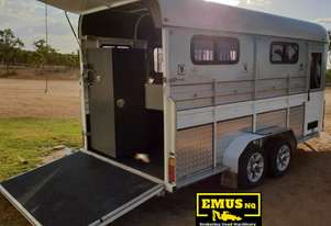 2013 Kings 3 x Horse Float, Angle Load, Kitchenette.  TS458