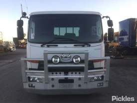 2011 Nissan UD PK 17 280 Condor - picture1' - Click to enlarge