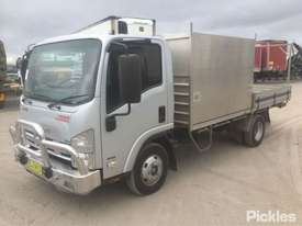 2011 Isuzu NPR 200 MWB Tradepack - picture2' - Click to enlarge