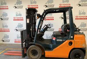 Toyota Forklift 8FG25 - Located in Melbourne