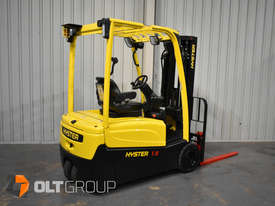 Hyster 3 Wheel Battery Electric Forklift 1.8 Tonne 4 Functions 2013 Model Container Mast 4.6m Lift - picture2' - Click to enlarge