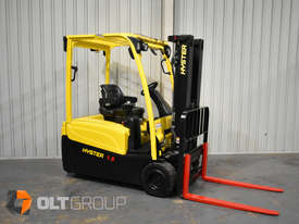 Hyster 3 Wheel Battery Electric Forklift 1.8 Tonne 4 Functions 2013 Model Container Mast 4.6m Lift - picture3' - Click to enlarge