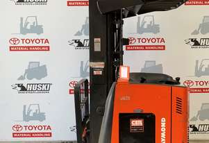 Raymond 750-R35TT Reach Truck in good condition