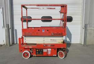 2009 Snorkel S1930E - Narrow Electric Scissor Lift