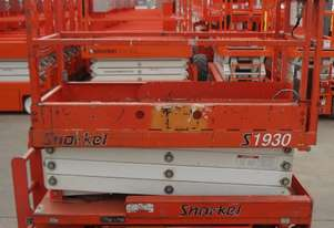 2008 Snorkel S1930E - Narrow Electric Scissor Lift