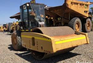Caterpillar 2012   CS76XT