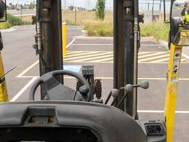 2.5T Hyster Counterbalance Forklift - picture2' - Click to enlarge