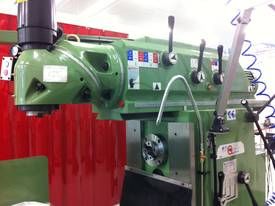 Quantum Taiwanese Ram Type Universal Mills - picture0' - Click to enlarge