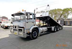 Volvo 1982   F7 FOR SALE