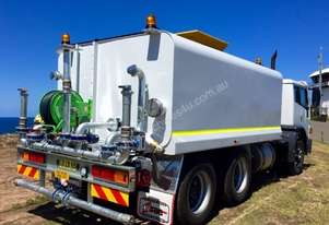 2006 Iveco ACCO 2350G  with a 2014 14,000L Tanker