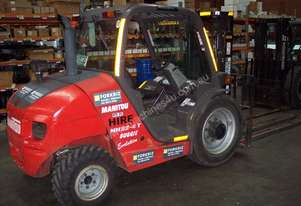 Manitou 2.5T 4WD ROUGH TERRAIN BUGGY