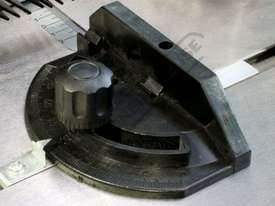 hf-50 Bench Top Router 1500W motor Variable Speed (11,500 ~ 24,000rpm) - picture10' - Click to enlarge