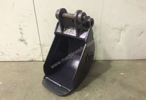 250MM SAND TRENCHING BUCKET TO SUIT 1-2T EXCAVATOR