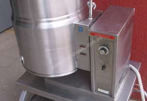 CROWN FOOD EQUIPMENT CROWN  E 10 TILTING KETTLE