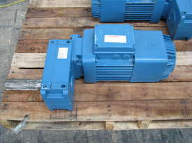 Demag Electric Geared Travel Motor - 0.4kW 415V - picture0' - Click to enlarge