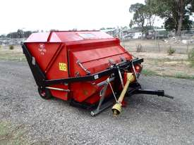 Redexim Turf Tidy 1710 Scarifiers Tillage Equip - picture0' - Click to enlarge