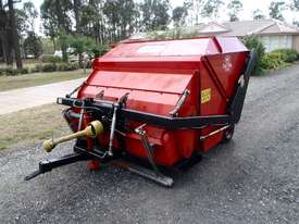 Redexim Turf Tidy 1710 Scarifiers Tillage Equip - picture6' - Click to enlarge