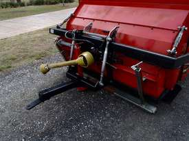 Redexim Turf Tidy 1710 Scarifiers Tillage Equip - picture7' - Click to enlarge