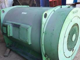 600 kw 800 hp 6 pole 11000 volt AC Electric Motor - picture3' - Click to enlarge