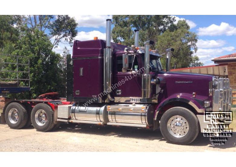 Western Star Heritage, 120ton rated, full engine rebuild.