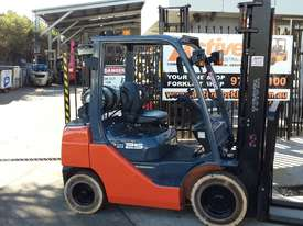 Toyota Forklift 8FG25 2.5 Ton 3.7m Lift Refurbished Excellent Condition - picture2' - Click to enlarge