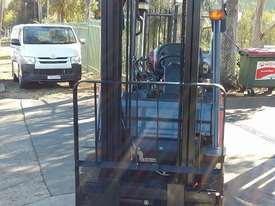 Toyota Forklift 8FG25 2.5 Ton 3.7m Lift Refurbished Excellent Condition - picture4' - Click to enlarge